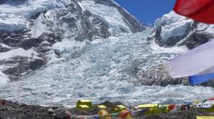 Blick in den Khumbueisfall zur Unglücksstelle