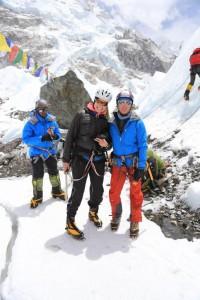 Juliane mit Wolfi beim Eisklettertraining
