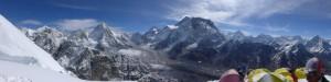 Blick auf  das Sherpaland mit Pumori, Everest, Nuptse, Lhotse, Makalu, AmaDablam