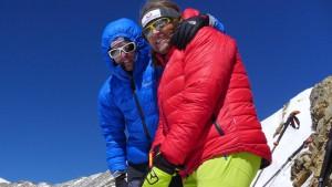 Flo mit Andy am Gipfel auf 6.020m
