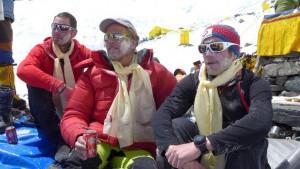 Klemens, Andy und Flo bei unserer Puja