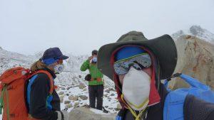 Andy, Klemens und Wolfi bei unserem heutigen Umkehrpunkt auf 5.426 m (Foto Klemens Bichler)