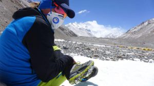 Andy mit Dachsteinschuh am Gletscher (Foto Wolfgang Klocker)