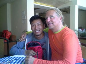 Tenzing (Sherpa 2015) und Andy (Foto Wolfgang Klocker)