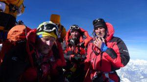 Andy, Klemens und Wolfgang am Gipfel des MT. Everest 8.848 m 21. Mai 2017 um 07.20 Uhr Nepaltime (Foto: Sherpa Kunga)