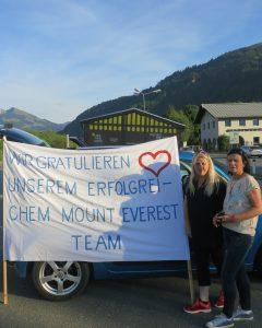 Empfang in Kitzbühel Sabine und Mona (Foto Christopher