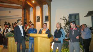 Empfang in Tristach Bürgermeister Markus Einhauer, Wolfi, Helmut Ortner Andy und Klemens (Foto Sabine Holzer)