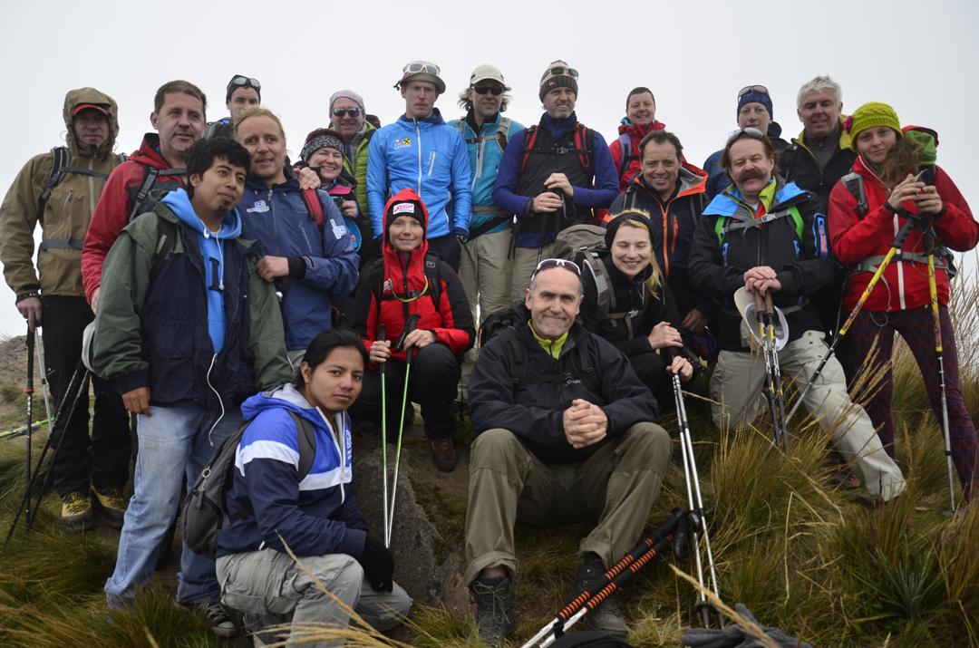 Gipfelsieg am Fuya Fuya-4275m (Foto: LIFE EARTH Reisen)