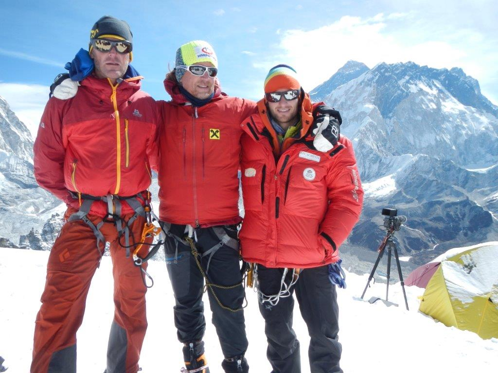 Wolfi, Andy and Daniel amatLobuche Peak (6119m) (Picture: Daniel Kopp)