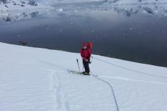Roger beim Aufstieg am Conessa Point (Andreas Unterkreuter)