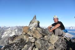 Andy bei unserem Gipfelsteinmann (Foto: Andreas Nothdurfter)