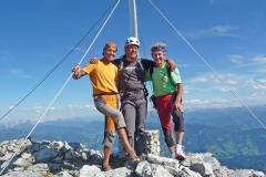 Sigi, Andy und Albert am Gipfel des Gamsleitenkopf 11-09-2011 Foto: Robert Joelli