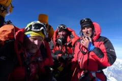 Andy, Klemens und Wolfi am Gipfel des MT Everest 8848m (Foto Archiv Holzer)