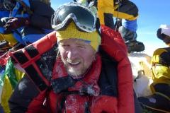 Andy am Dach der Welt 8848m (Foto Klemens Bichler)