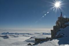 Kleiner Mann in der grossen Antarktis - Foto: Andi Scharnagl :: woitatscher.at