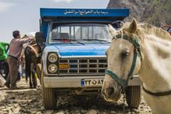 Transport mit Mullis zum Alam-Kuh (Andreas Scharnagl)