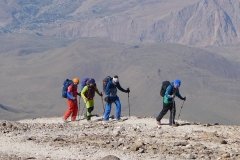 Andy - Andi - Ewald beim Gipfelaufstieg zum Damavand (Andreas Unterkreuter)