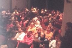 Das persische Publikum verfolgt interessiert Andy's Lebensgeschichte (Sabine Holzer)