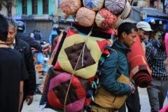 Verkäufer in Kathmandu (Foto: Daniel Kopp)