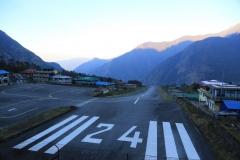 Flughafen in Lukla (Foto: Daniel Kopp)